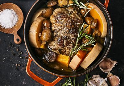 Cocotte de selle d'agneau aux châtaignes et à la courge butternut