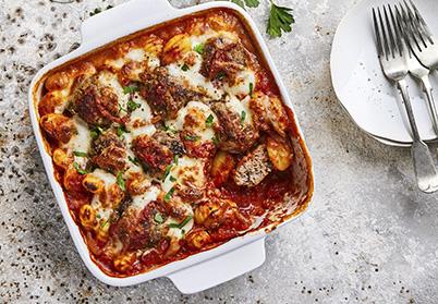 Gratin de gnocchis aux boulettes d'agneau, sauce tomate et mozza